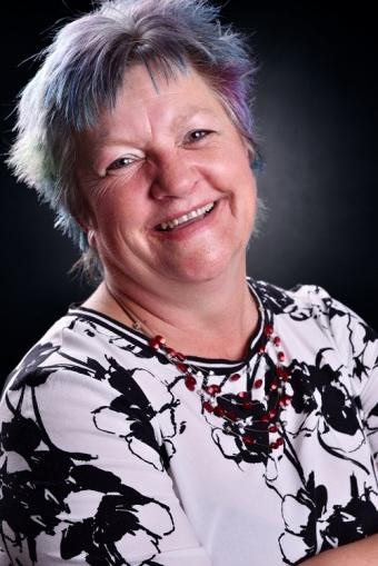Kim Hunter Profile Picture