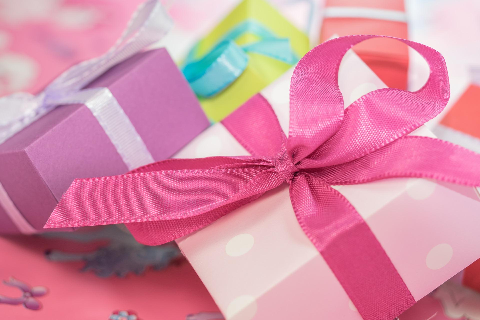 gift-553149_1920