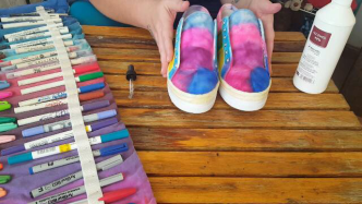 Author - How to - Sharpie Takkie Craft Project 14