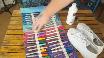 Author - How to - Sharpie Takkie Craft Project 2