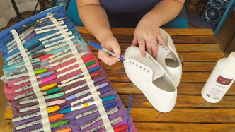 Author - How to - Sharpie Takkie Craft Project 6