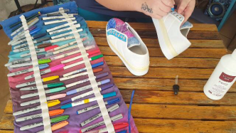 Author - How to - Sharpie Takkie Craft Project 9